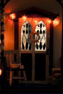 21 - Decorations