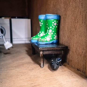 dollhouse-rain-boots-screamin-green