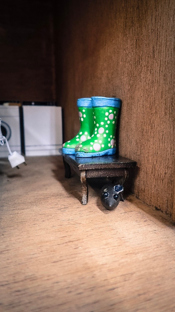 dollhouse-rain-boots-screamin-green