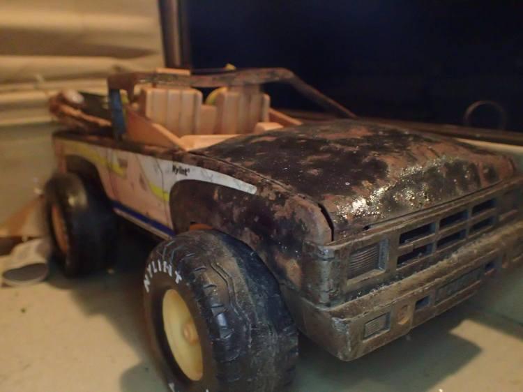 rusted-truck-tan