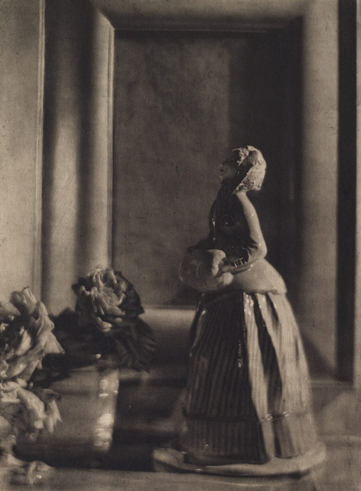 The Nymphenburg Figure, Baron A. de Meyer, Photogravure, 1912