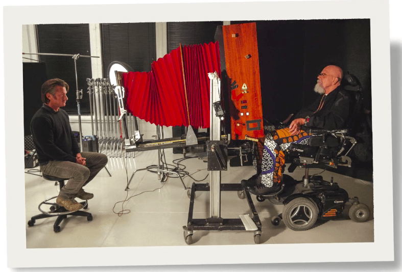 Chuck Close using the 20x24 Polaroid camera