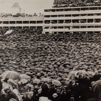 Horace W. Nicholls, Derby Crowds combined images, 1906